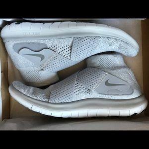 New,: Nike Free RN Motion FK - Wolf/Cool Grey